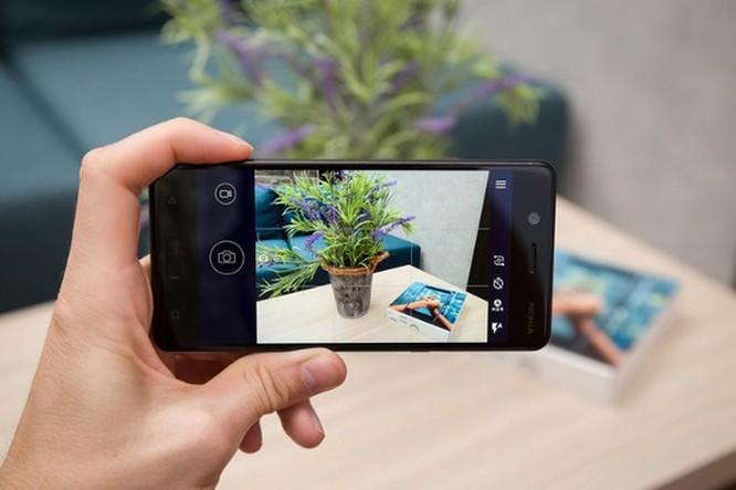 Smartphone hoài cổ: nên mua Nokia 5 hay Samsung Galaxy J4? ảnh 17