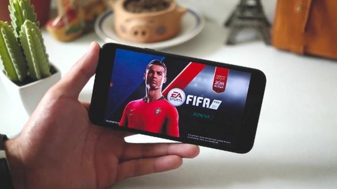 Smartphone hoài cổ: nên mua Nokia 5 hay Samsung Galaxy J4? ảnh 8