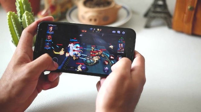 Smartphone hoài cổ: nên mua Nokia 5 hay Samsung Galaxy J4? ảnh 11