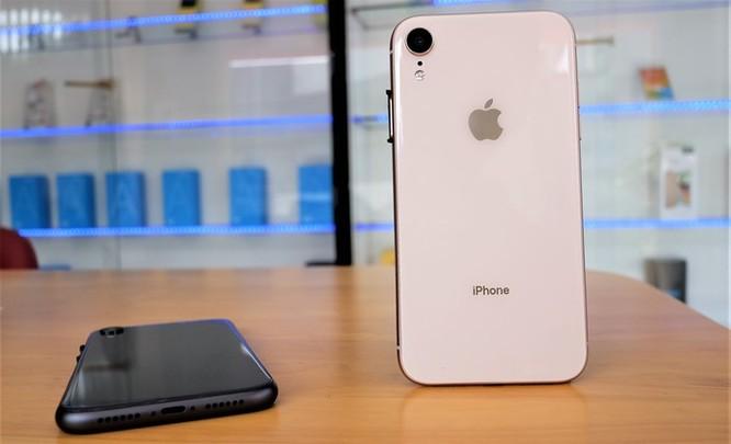 iPhone XR chưa mở bán nhưng hàng nhái đã xuất hiện tại VN ảnh 10