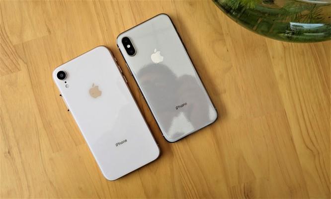 iPhone XR chưa mở bán nhưng hàng nhái đã xuất hiện tại VN ảnh 6