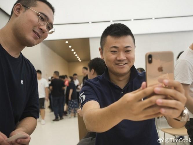 Tim Cook thân chinh tới Trung Quốc để 'níu kéo' khách hàng mua iPhone mới? ảnh 3