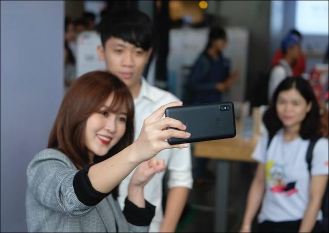 Xiaomi lập kỷ lục Việt Nam về chụp ảnh selfie với Redmi Note 6 Pro ảnh 1