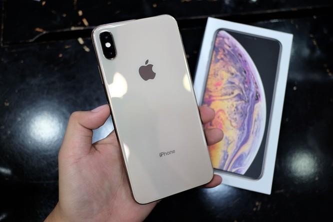 iPhone XS xách tay hạ giá chạm đáy vẫn ế ẩm ở VN ảnh 3