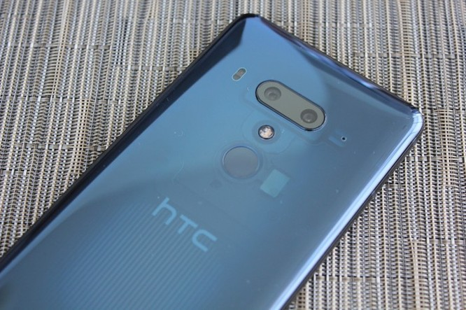 HTC sắp giới thiệu điện thoại blockchain đầu tiên trên thế giới ảnh 1