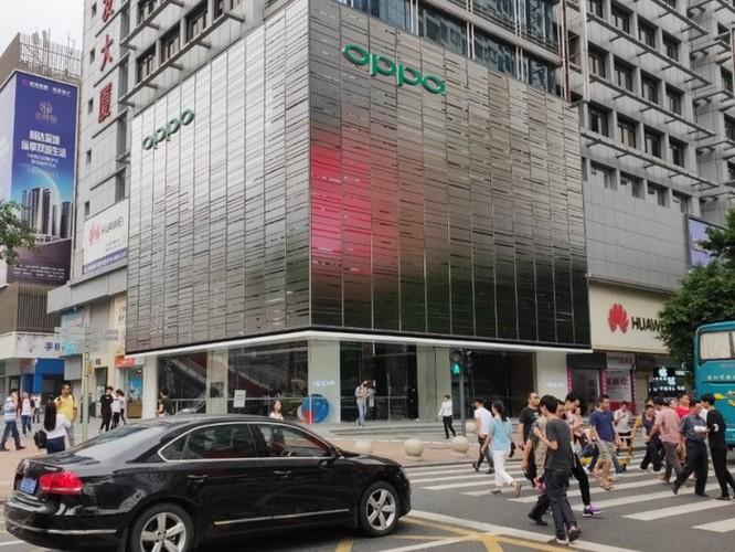 Bên trong cửa hàng cao cấp lớn nhất thế giới của Oppo tại Trung Quốc ảnh 1