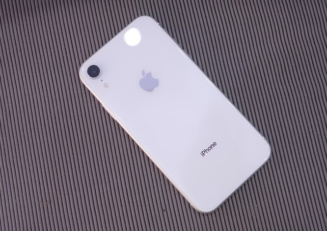 iPhone XR về Việt Nam, giá từ 23,9 triệu đồng ảnh 9