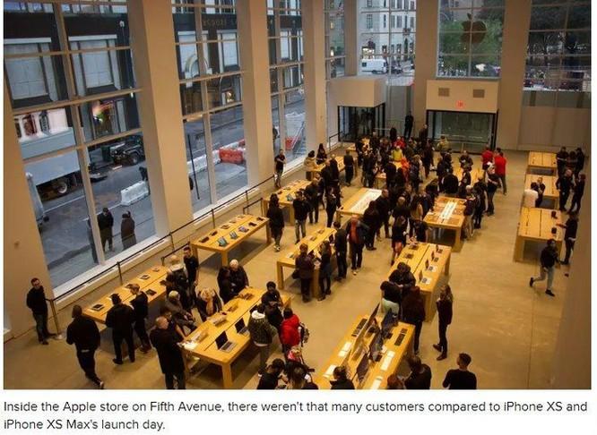 Vì sao các Apple Store trở nên 'đìu hiu' trong ngày đầu mở bán iPhone XR? ảnh 4