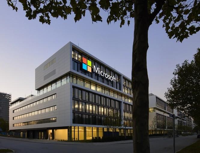 Microsoft vượt qua Amazon và sớm trở thành công ty trị giá 1.000 tỷ USD ảnh 1