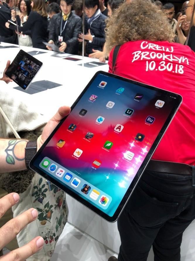 Cận cảnh iPad Pro mới, nâng cấp giá trị nhất trên dòng iPad trong nhiều năm ảnh 1