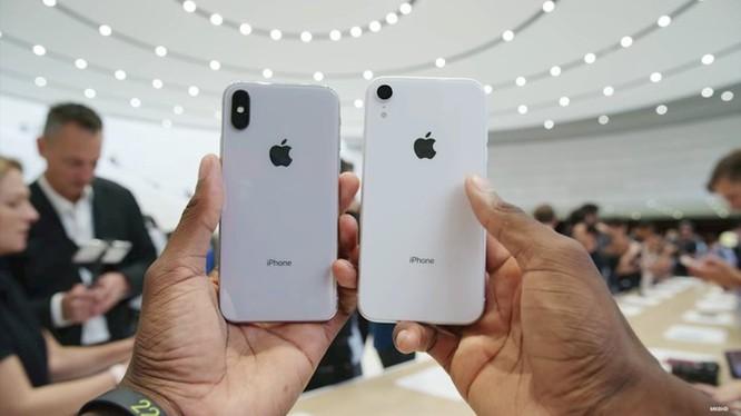 Cận cảnh 6 màu sắc rực rỡ của iPhone XR chính hãng vừa mở bán ảnh 3