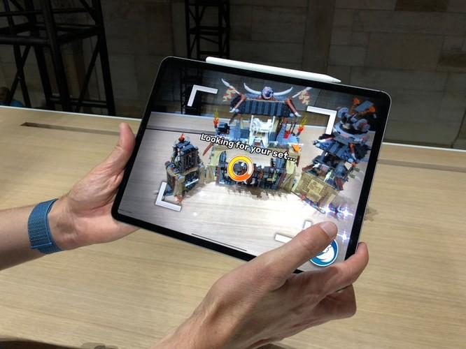 Hiệu năng iPad Pro mạnh ngang MacBook 2.800 USD ảnh 2