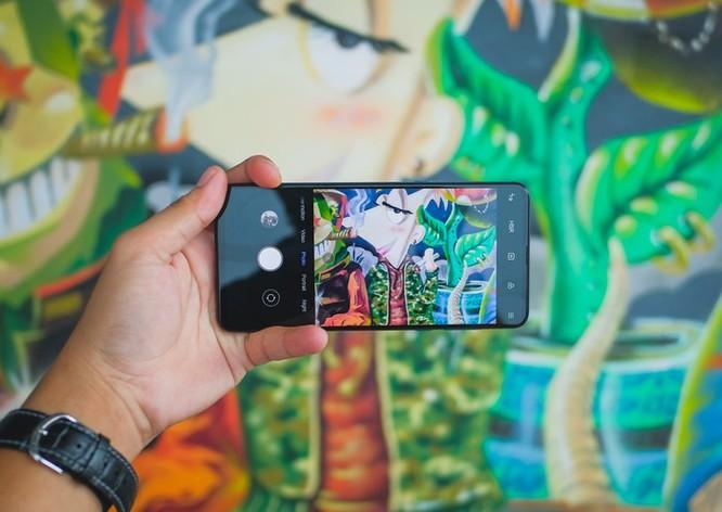 Smartphone RAM 10 GB đầu tiên ra mắt tại VN ảnh 5