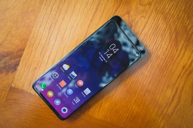 Smartphone RAM 10 GB đầu tiên ra mắt tại VN ảnh 3