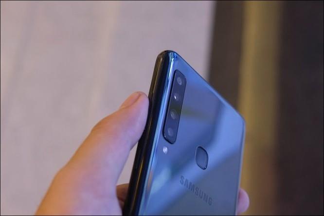 Cảm nhận nhanh Samsung Galaxy A9 2018, smartphone 4 camera sau tại Việt Nam ảnh 10