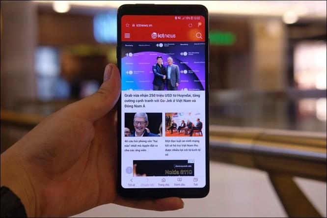 Cảm nhận nhanh Samsung Galaxy A9 2018, smartphone 4 camera sau tại Việt Nam ảnh 4