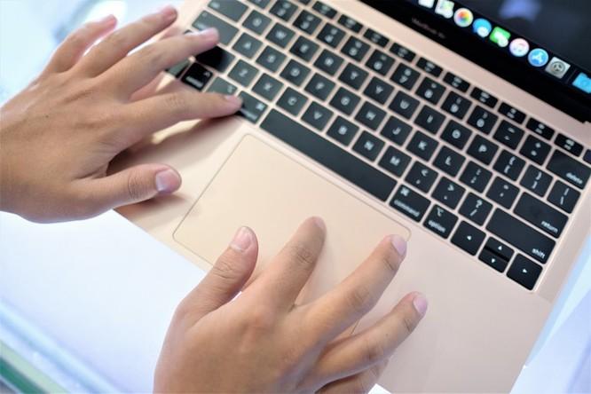 Chi tiết Macbook Air 2018 vừa về VN, giá từ 36 triệu ảnh 7