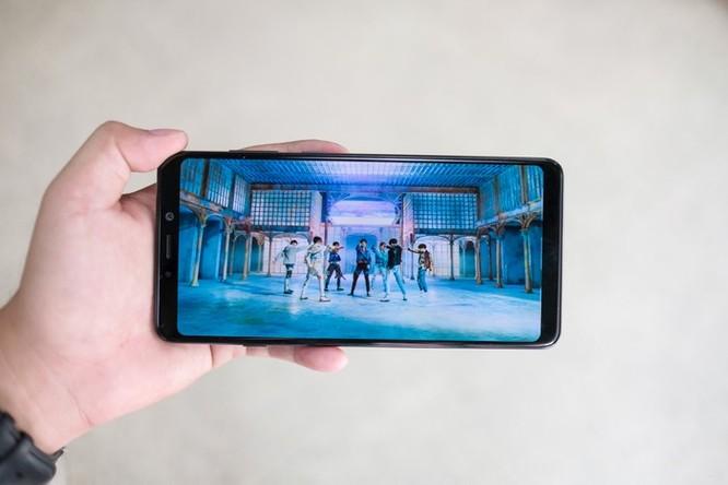 Chi tiết Galaxy A9 2018 4 camera sắp ra mắt ở VN ảnh 6