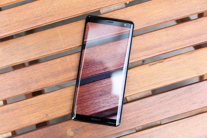 Chi tiết Sony Xperia XZ3 - giá 20 triệu, không bán chính hãng ở VN ảnh 1