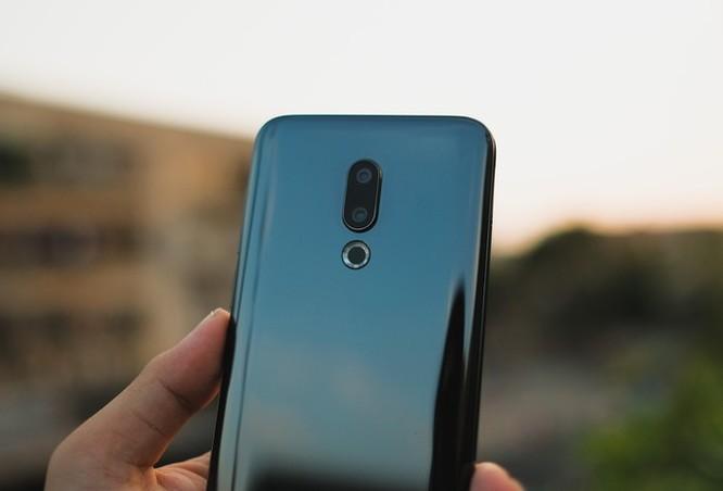 Chi tiết smartphone mỏng nhẹ nhất 2018 giá 11 triệu ở VN ảnh 9