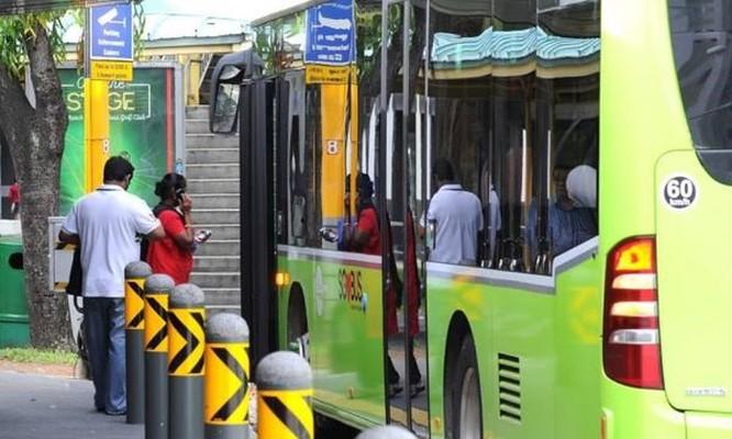 Singapore thử nghiệm dịch vụ xe buýt theo yêu cầu nhằm giảm chi phí ảnh 1