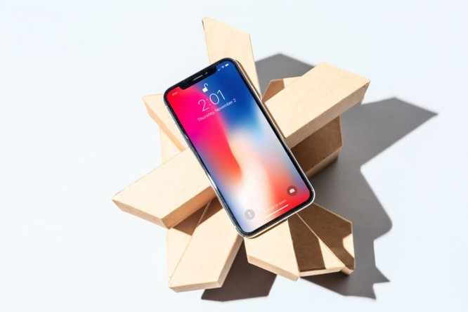 Apple nên giảm giá iPhone ảnh 1