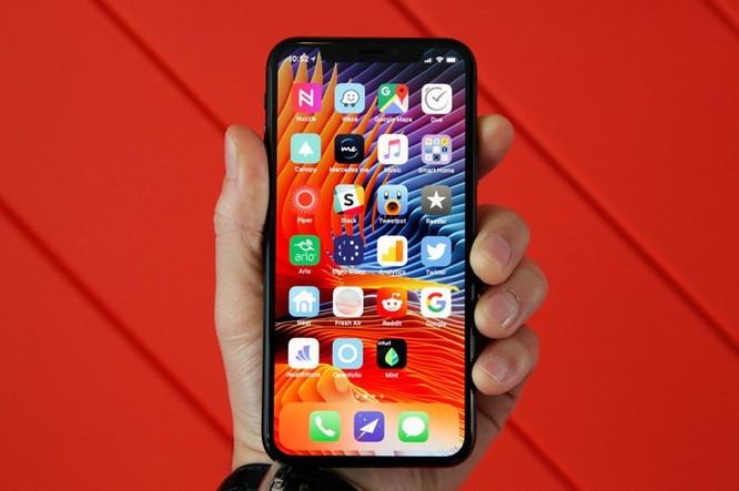 10 smartphone được tìm kiếm nhiều nhất 2018 ở VN ảnh 3