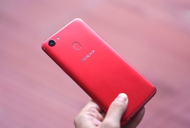 10 smartphone được tìm kiếm nhiều nhất 2018 ở VN ảnh 5
