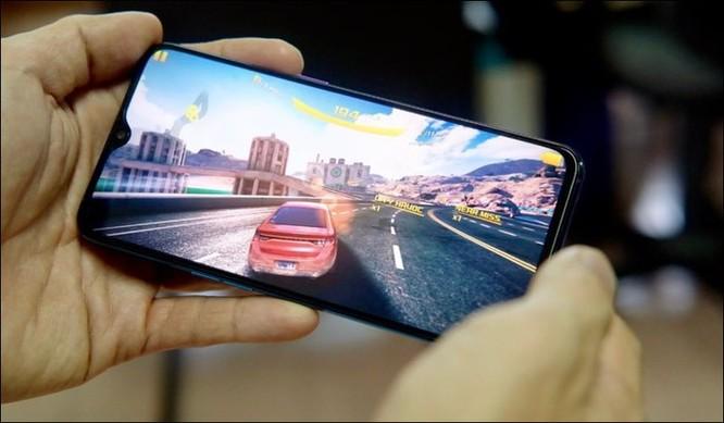 Đánh giá Oppo R17 Pro: Sạc siêu tốc, camera khẩu độ kép ảnh 5
