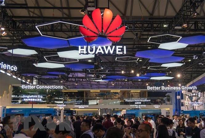 Canada: Hai ông lớn viễn thông thuyết phục không quay lưng với Huawei ảnh 1