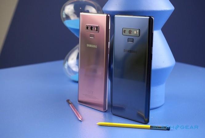 Điện thoại ngày càng đắt hơn, một phần lỗi ở chúng ta ảnh 2