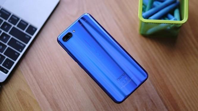 9 smartphone có màu đẹp nhất năm 2018 ảnh 12