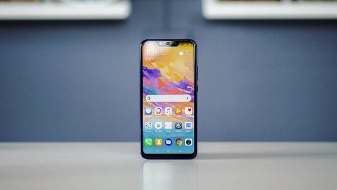 9 smartphone có màu đẹp nhất năm 2018 ảnh 17