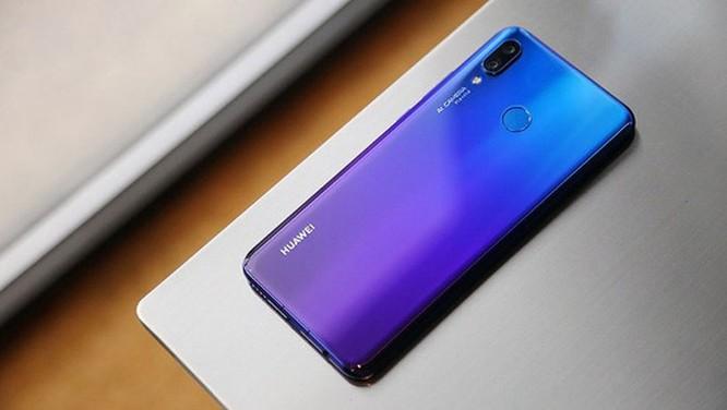 9 smartphone có màu đẹp nhất năm 2018 ảnh 18