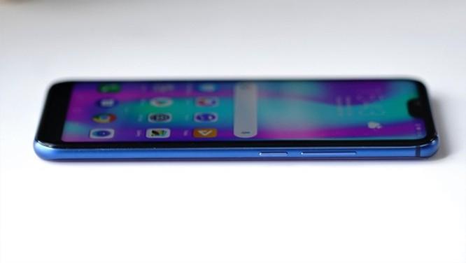 9 smartphone có màu đẹp nhất năm 2018 ảnh 13