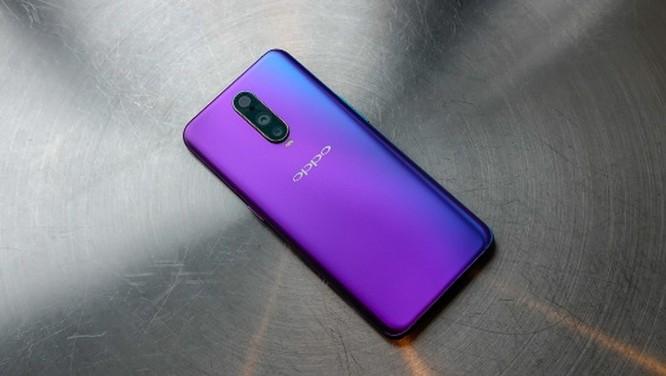 9 smartphone có màu đẹp nhất năm 2018 ảnh 5