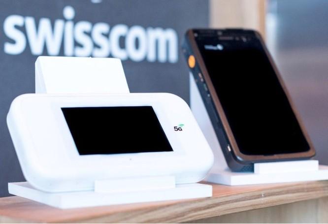 CES 2019 sẽ tràn ngập smartphone màn hình gập, công nghệ 5G ảnh 7