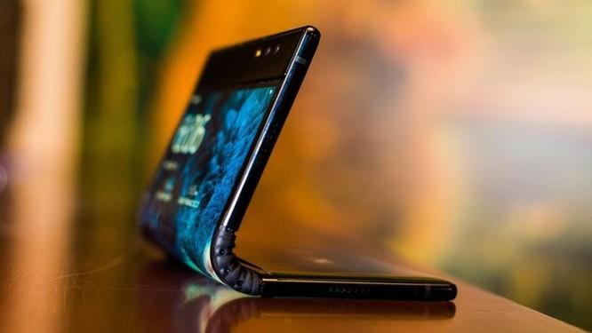 CES 2019 sẽ tràn ngập smartphone màn hình gập, công nghệ 5G ảnh 10
