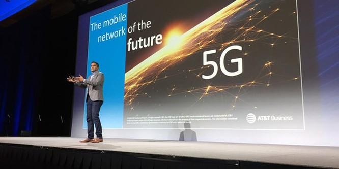 CES 2019 sẽ tràn ngập smartphone màn hình gập, công nghệ 5G ảnh 8