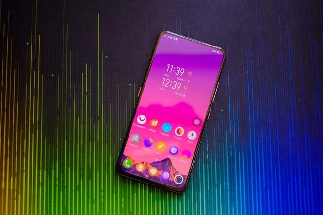 Chi tiết smartphone 2 màn hình, RAM 10 GB vừa về VN ảnh 2