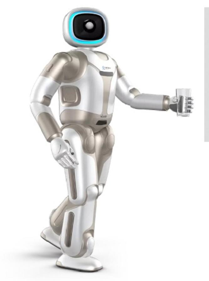 Robot Ubtech Walker ra mắt với một đôi tay mới tại CES 2019 ảnh 1