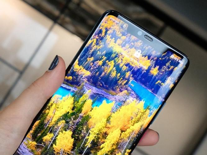 Huawei Mate 20 Pro đối đầu Mi 8 Pro: Đâu mới là lựa chọn? ảnh 17