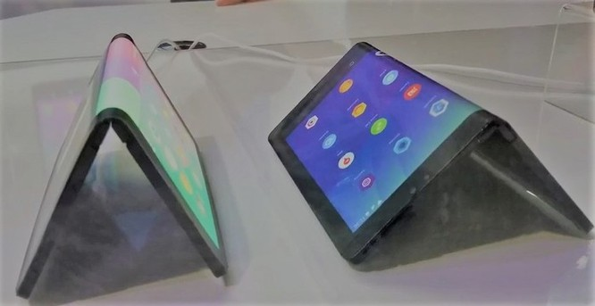 Huawei sắp ra smartphone màn hình gập, giá trên 1.000 USD ảnh 1