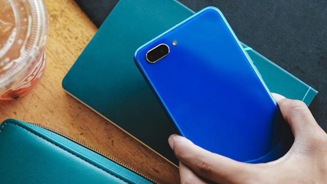 5 smartphone giá rẻ đáng mua nhất Tết này ảnh 6