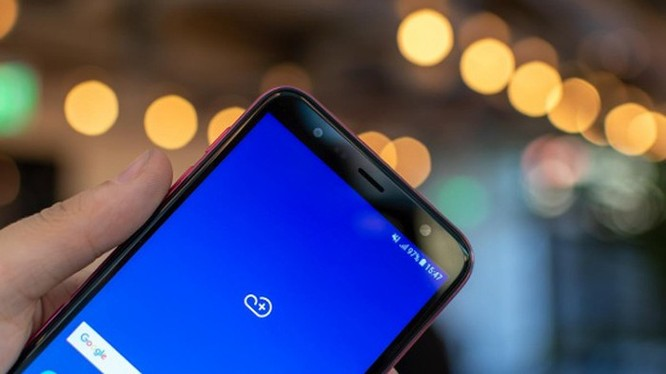 5 smartphone giá rẻ đáng mua nhất Tết này ảnh 19