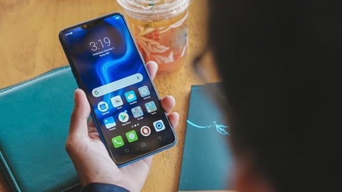 5 smartphone giá rẻ đáng mua nhất Tết này ảnh 3