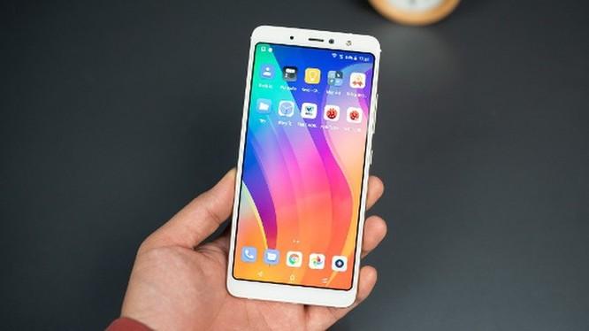 5 smartphone giá rẻ đáng mua nhất Tết này ảnh 9