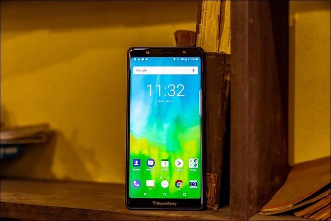 BlackBerry sắp tung Evolve tại Việt Nam, không bàn phím cứng, giá khoảng 8,5 triệu đồng ảnh 1
