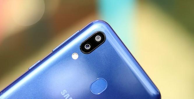 Samsung Galaxy M20 về VN: Pin 5.000 mAh, camera kép, giá 5 triệu ảnh 6