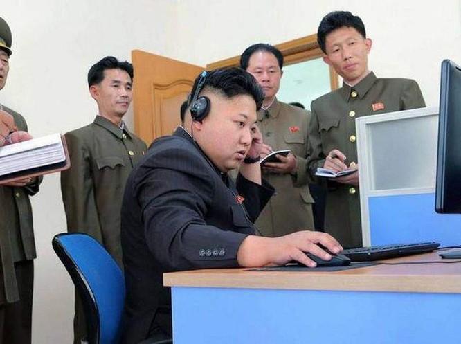 Ông Kim Jong Un và Donald Trump, ai rành công nghệ hơn? ảnh 2